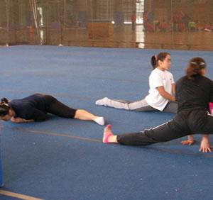 De 6 a 7 horas diarias de entrenamiento para las niñas de alto rendimiento.