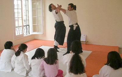La asociación de Aikido la componen principalmente clubes y colegios que se integran de la región metropolitana a participar de las actividades son actualmente tenemos más de 30 instituciones que pertenecen a la asociación.