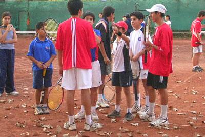 Desarrollo Técnico, Físico y Psicológico para Niños y Niñas. Deportistas en Club de Tenis del Estadio Nacional.