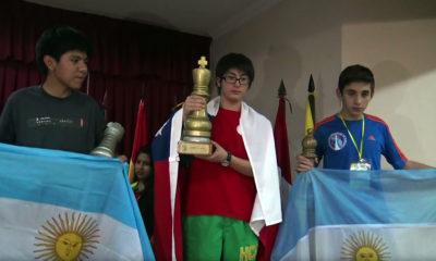 Sebastian Donoso Díaz quien con solo 14 años se ha convertido en el primer chileno Maestro FIDE (FM), que ha obtenido esta categoria a su corta edad.